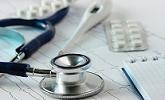 medicijnen en stethoscoop